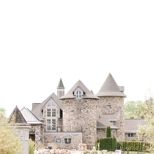 Castle-Farms-ws21
