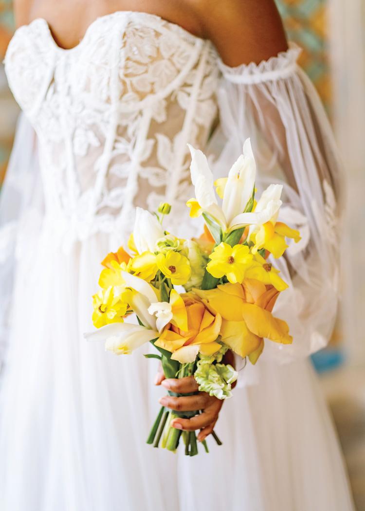 London Season - Dress & Yellow Flower Bouquet
